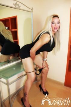 Big Tits Blonde Tranny Azeneth